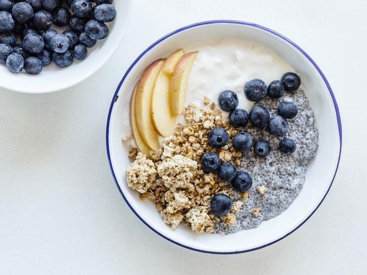 chia, blueberries, oatmeal