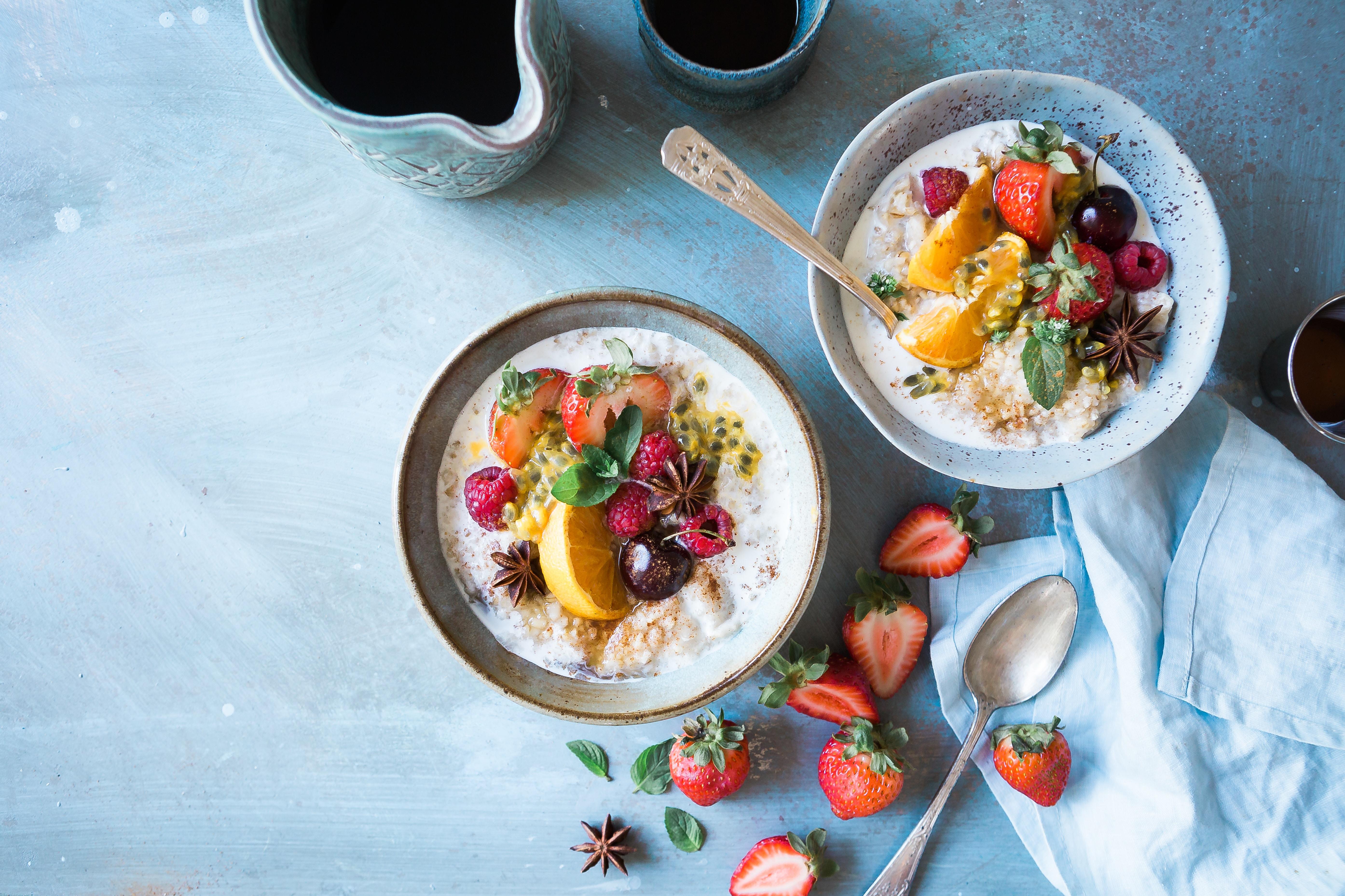 oatmeal, berries, healthy, meal plan